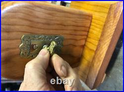 ANTIQUE VICTORIAN MECHANICAL DOORBELL DOOR BELL DISPLAY - Circa 1880s
