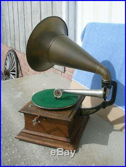 Antique 1907 Zon-O-Phone Zonophone Phonograph With All Brass Bell Horn