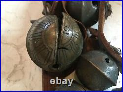 Antique Graduated Brass Sleigh Bells 90 40 Leather Horse Christmas Chimes