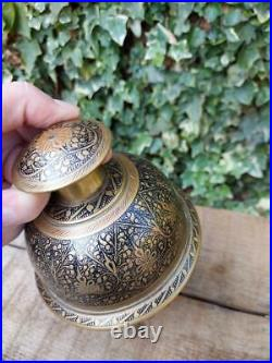 Antique Indian Elephant Bell 1.8 Kgs Large Brass Hindu Indian Claw Bell Temple