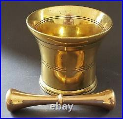 Brass bell metal vintage Georgian antique large & heavy pestle & mortar