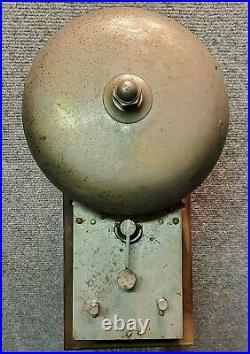 Fire muffin bell gong alarm brass truck horn hat clock house man engine antique