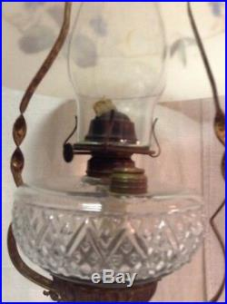 VINTAGE ANTIQUE BRASS HANGING OIL LAMP With GLASS SHADE FONT MOTOR SMOKE BELL
