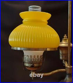 VTG Yellow Ribbed Glass Brass Double Student Desk Table Lamp Hurricane Style